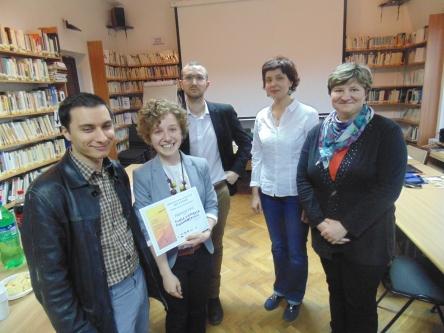 L'équipe lauréate du PREMIER PRIX composée de Mihaela Chirobocia et George Alexandru Săcuiu